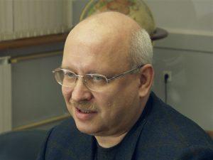 Ранее Андрей Ищук был владельцем холдинга «ВБМ-групп». В 2006-м году он входил в список Forbes с состоянием 200 млн долларов.